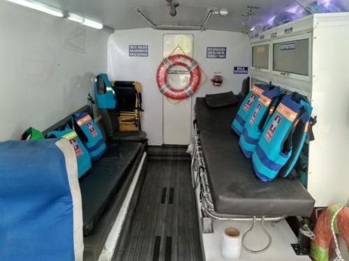 Bote Ambulancia interior